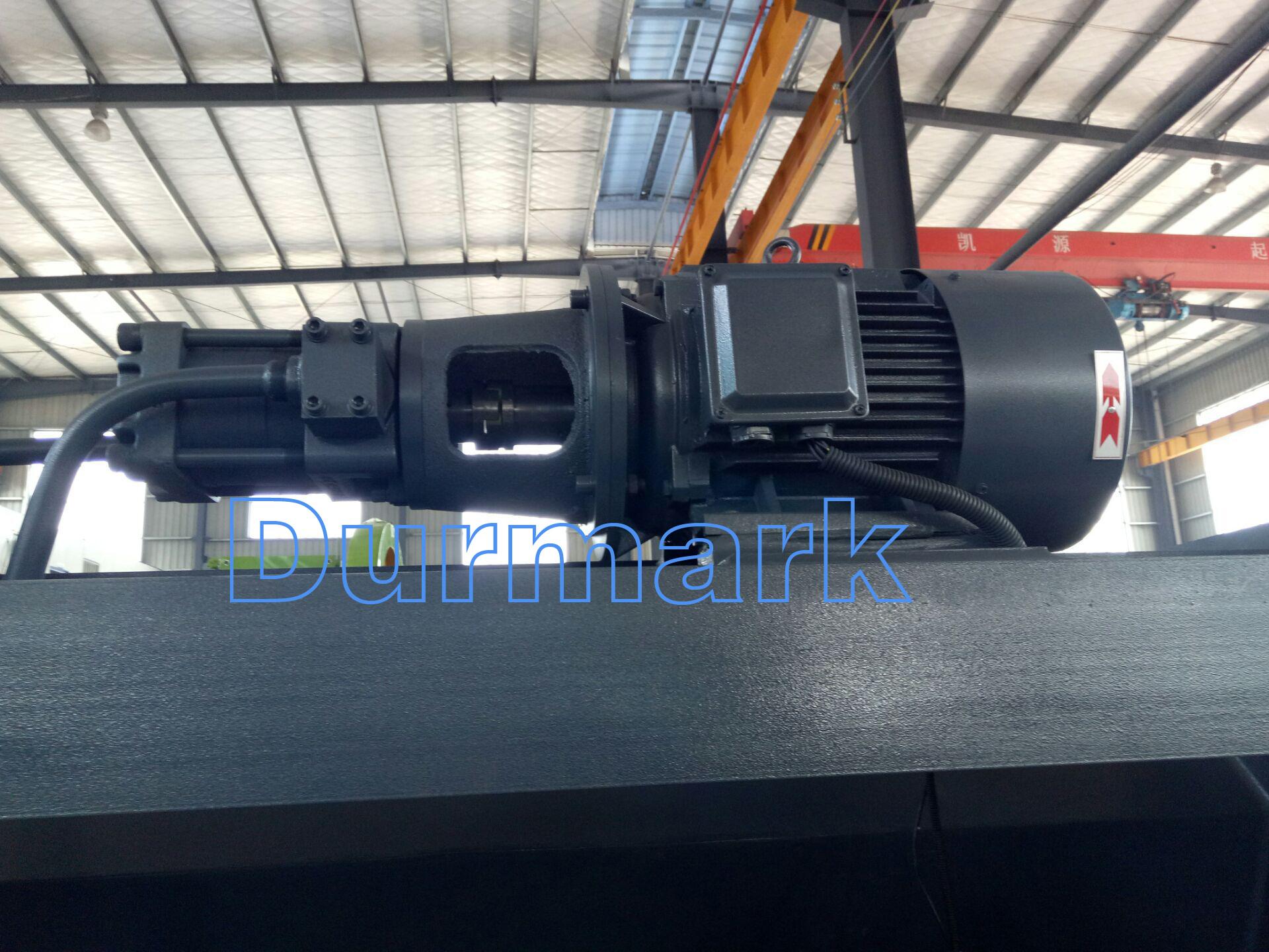 Станок для резки стальных листов QC12K-6 * 2500
